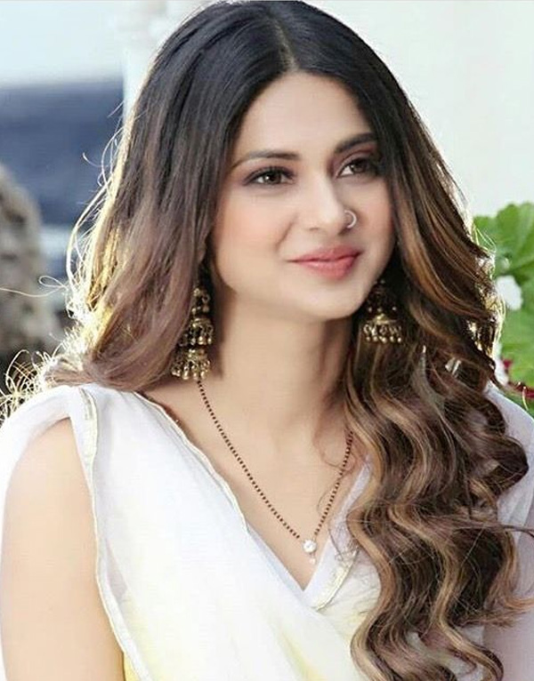 Jennifer Winget Telly Stars age, height, family, relatives ...